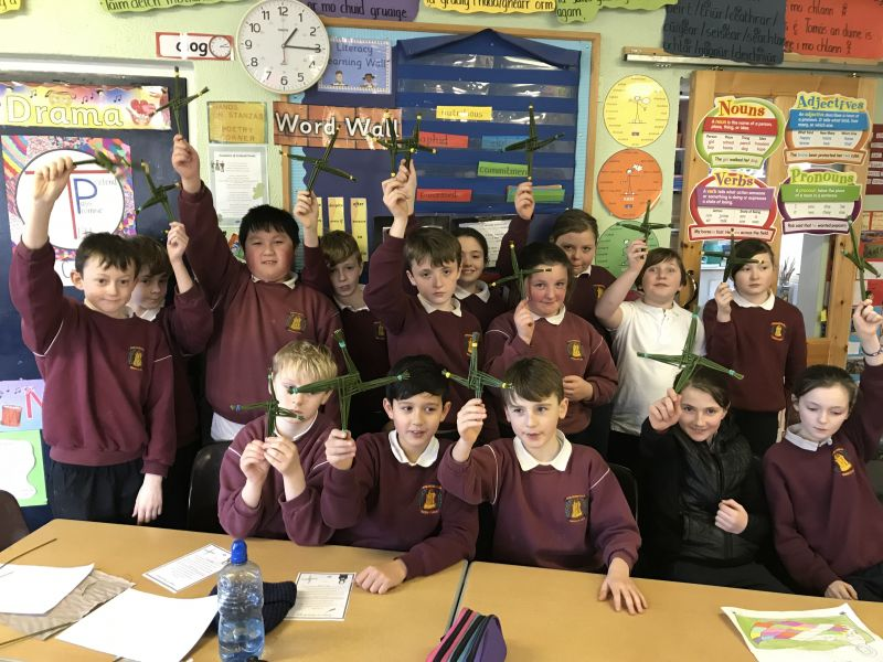 Celebrating the feast of St.Brigid in Scoil Naomh Cualán