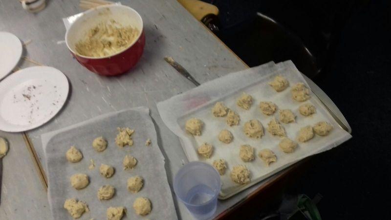 Baking cookies in fifth class