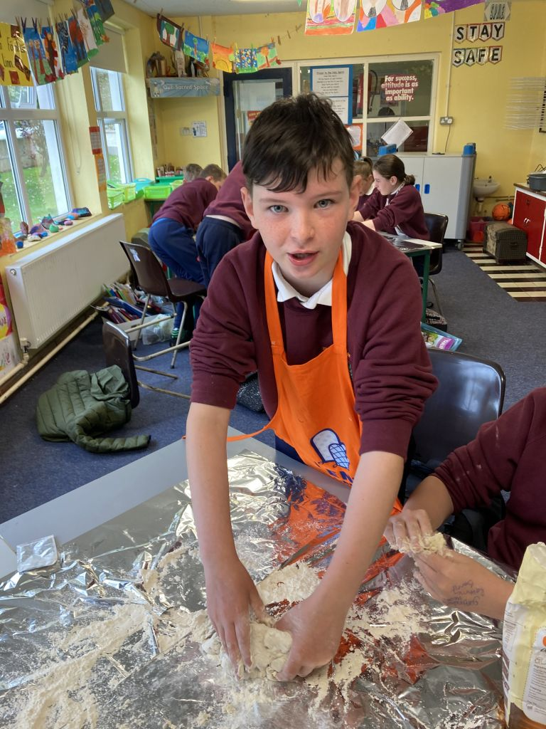 Pizza making in fifth class